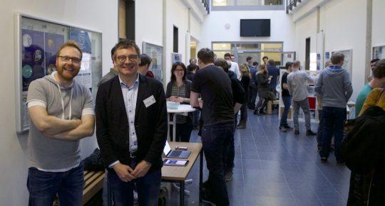 Malte Glüsenkamp und Prof.Dr. Frank Thiesing bei der Präsentation der Software Engineering Projekte