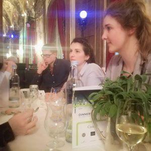 Der Silbersaal im Deutschen Theater in München bot eine festliche Atmosphäre für das Dinner-Buffet