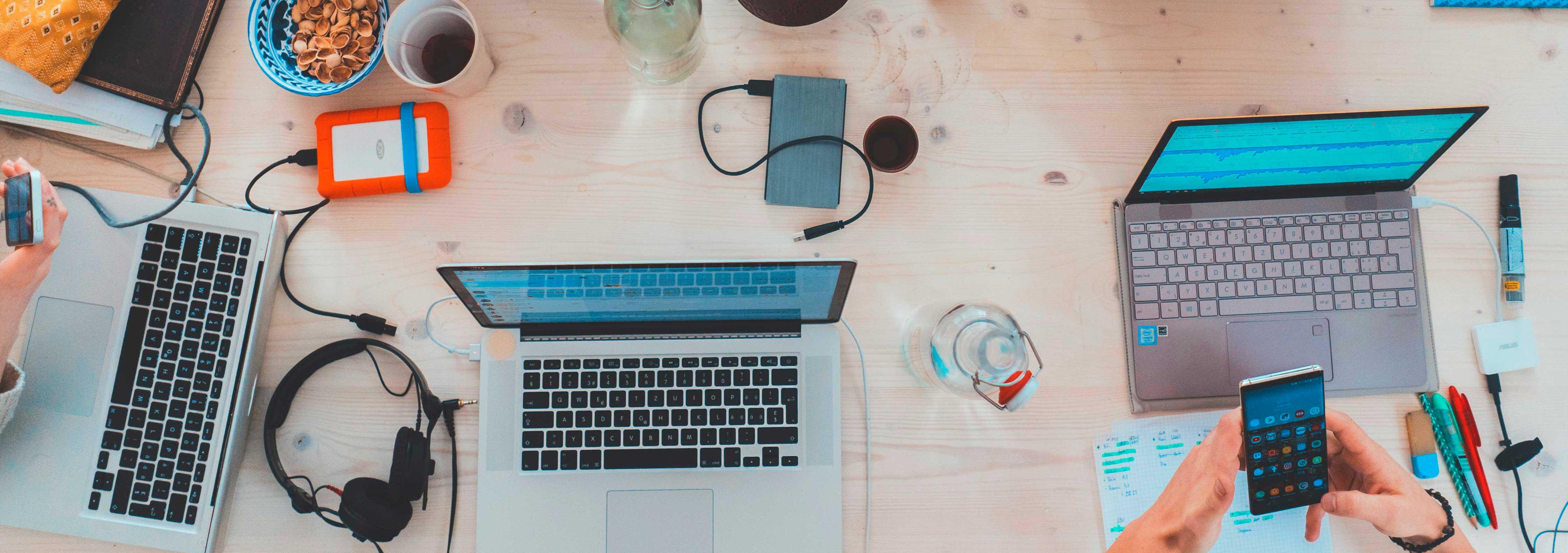 Individuelle Softwareentwicklung und digitale Plattformen